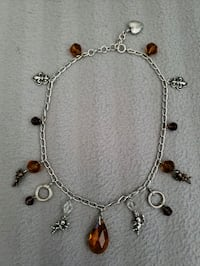 Necklace in a good condition with heart lock Burlington, L7M