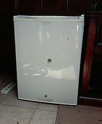 white compact refrigerator National City, 91950