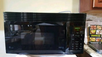 GE Profile Advantium Microwave and Oven Over Range