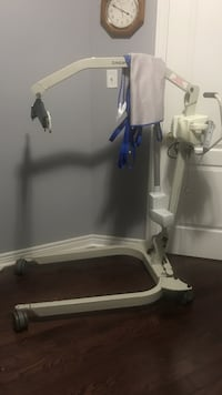 Electric Patient Lift Hoyer- Comes with sling Ajax, L1T 0K6