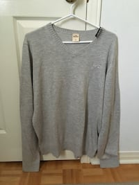 Men's Hollister Knit Sweater Mississauga, L5R 3Y7