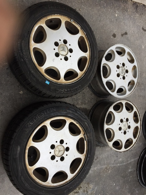 215/55/16 4 Rims and 2 tires all season