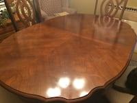 Dining room set. Willing to sell pieces separately Canton, 30114