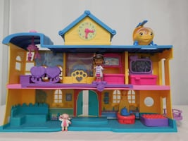 Disney Doc McStuffins Toy Hospital with Helicopter