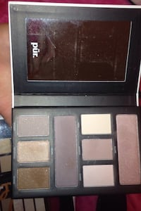 Pur makeup pallete almost new  Langley, V3A 4G9