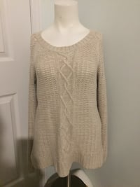 Cable knit beige sweater $15