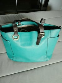 Nice bag with many pockets, almost new ! Niagara Falls, L2G 7M5