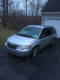 2006 Chrysler Town & Country LX LWB Van Hedgesville, 25427