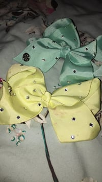 Jo Jo bows £7 each Billingham, TS23