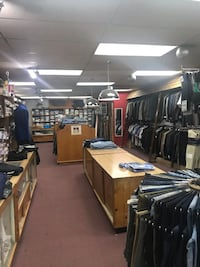 Men and women's clothing, shoes and accessories East Hanover, 07936