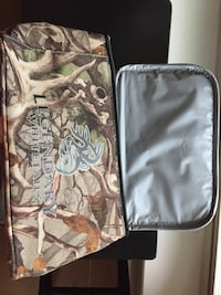 Camouflage lunch bag never used and in good condition. Great Christmas gift. $5.00 Robertsdale, 36567