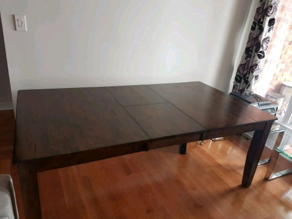 Used Dining Table For Sale In Hamilton