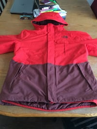 Northface dryvent ski jacket and pants asking 500 for whole suit but also negotiable  Edmonton, T5W 3M8