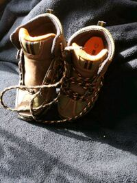 Size 11 Toddler/Boys lace up boots Brampton, L6T 1V2