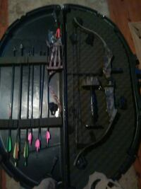 black and blue compound bow Inwood