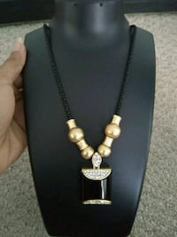 Two sided necklace gold and black beads with rhinestones Aldie, 20105