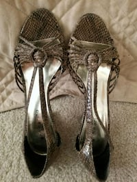 pair of black leather open toe heels Rowland Heights, 91748