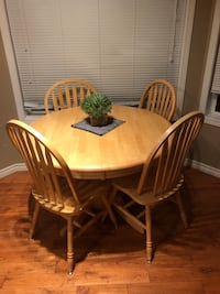 Pedestal table solid wood  Calgary, T2Z 3H2