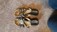 black and grey flats null