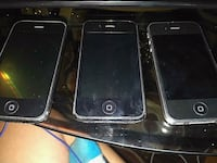 3 iphones one 4 and two 3's hmu  Winnipeg, R3E 0W6