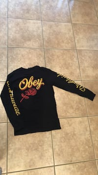 Obey guys size small El Centro, 92243