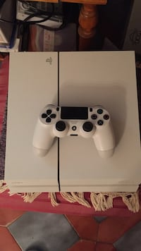 console Sony PS4 bianca con controller Firenze, 50125