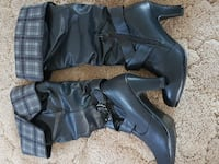 pair of black leather boots Minto, N0G 1Z0