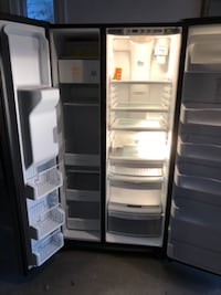 GE side by side stainless steel fridge with water filter and ice maker TORONTO