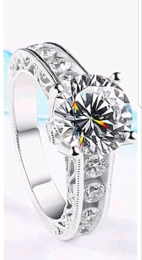 $10 NEW sz 7 silver plated CZ ring  St. Louis, 63128