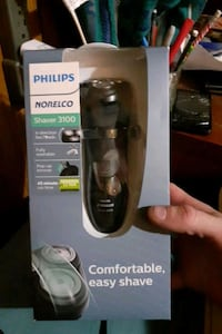 Electric face shaver. Phillip's norelco 3100