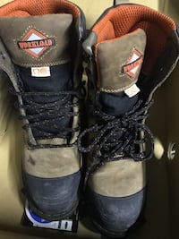 Safety shoes size 8 Brampton, L6P 1M5