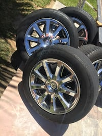 Chrome multi-spoke car wheel with tire set Lemoore, 93245