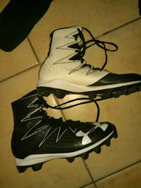 pair of white-and-black Nike basketball shoes Indio, 92201