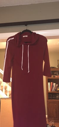 Red hooded sweater dress Memphis, 38135