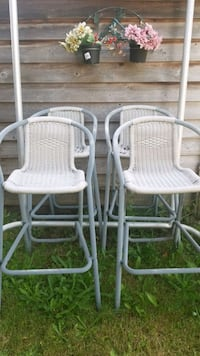 4 high rattan chairs Burnaby, V5E 2W4