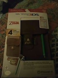 New Zelda Nintendo 3Ds carrying case and styluses