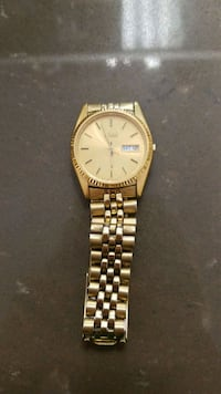 round gold-colored analog watch with link bracelet Baton Rouge, 70816