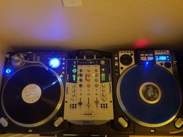 numark ttx and cdx turntable