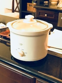 white slow cooker Vaughan, L6A 3Y2