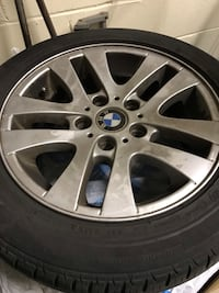 gray BMW 5-lug automotive wheel and tire Côte-Saint-Luc, H4W 2W6