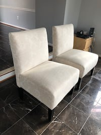 White damask Accent Chairs - Pair Centreville, 20121
