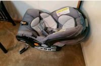 Chicco car seat and base Falls Church, 22043
