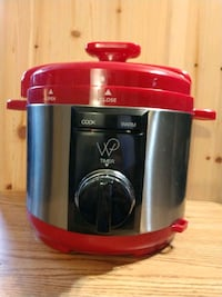 Wolfgang Puck Automatic Pressure Cooker with Removable 8 Quart Pot