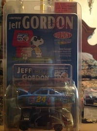 Blue and gray jeff gordon snoopy die-cast models pack Chesapeake, 23325
