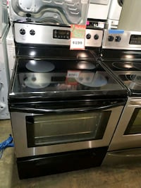 Frigidaire electric stove stainless Steel working perfectly