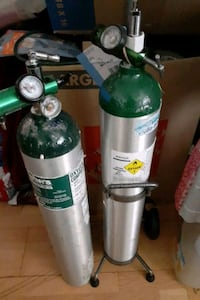 Oxygen pump and tanks