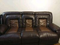 Leather recliner sofa Mississauga, L5B 2H4