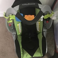 Baby's black and green car seat carrier Douglasville, 30134