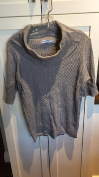 Knitted  top size extra large London, N6B
