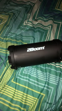 2 Boom Speaker (Extremely Loud ) Bluetooth Comes With Charger Seat Pleasant, 20743